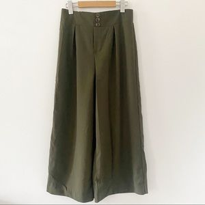 Pleated army green wide leg high rise culottes